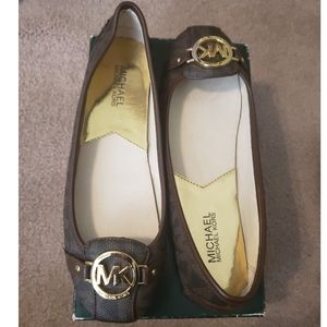 New Michael Kors Moccasin Brown Flats